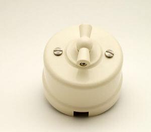 Bironi выключатель 2кл, пластик, слоновая кость